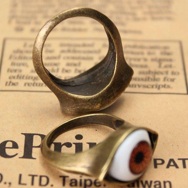Vintage Eyeball Finger Ring