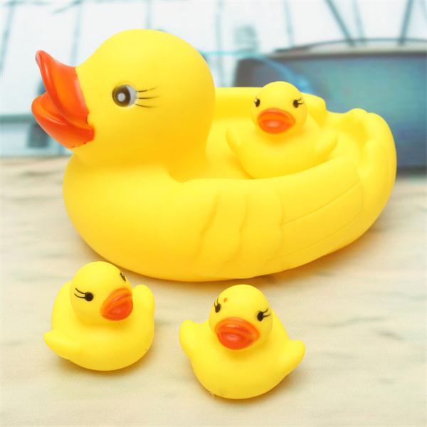 rubber yellow ducks set family baby kids children bath shower swimming ring t. Black Bedroom Furniture Sets. Home Design Ideas