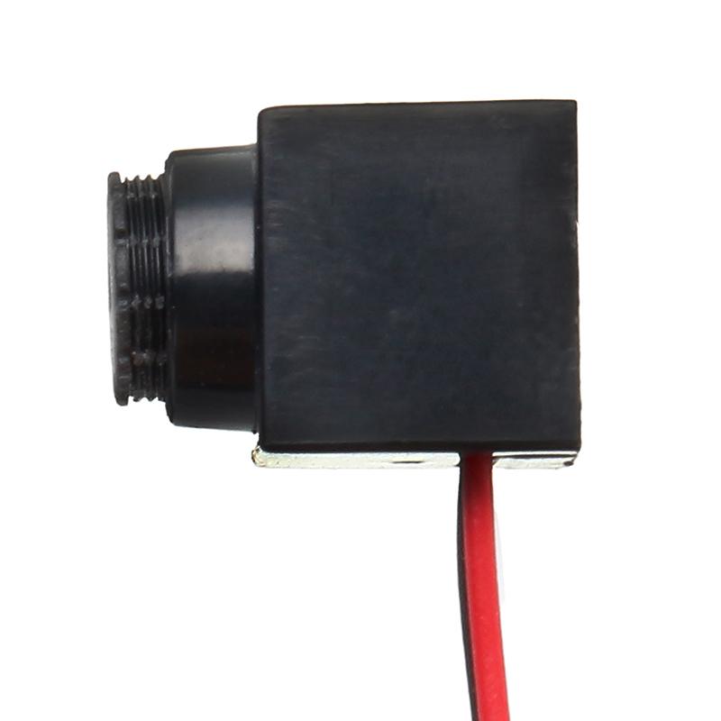 1/4 CMOS 800TVL 3.6mm 60 Degree Mini AV FPV Mini Camera PAL/NTSC 5V-12V Step-down Regulator - Photo: 3