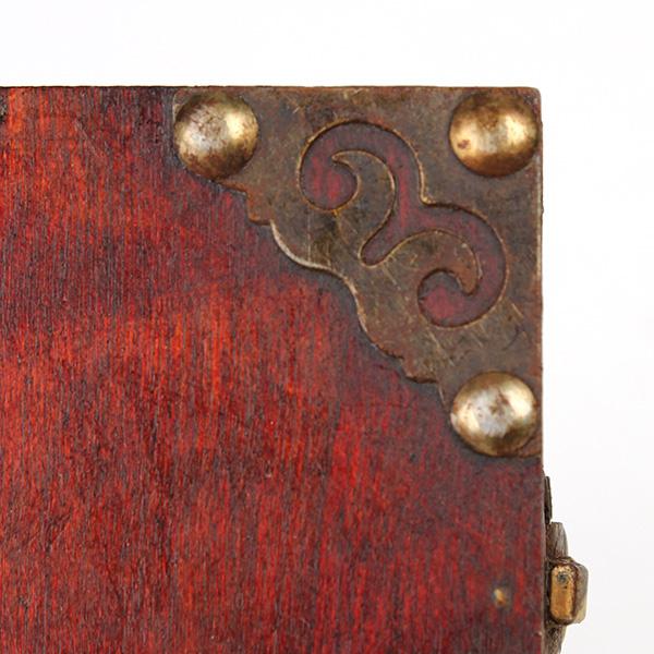 caso collar de madera de la vendimia